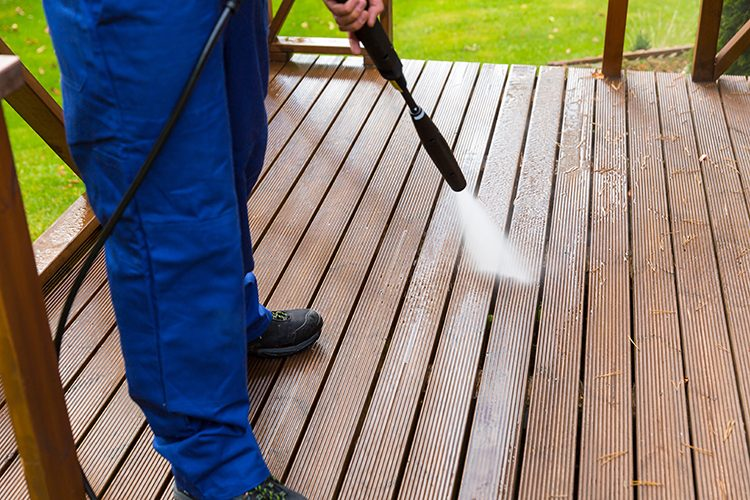 https://pcsaustin.com/wp-content/uploads/2018/07/pressure-washing-services-in-austin-texas-750x500.jpg